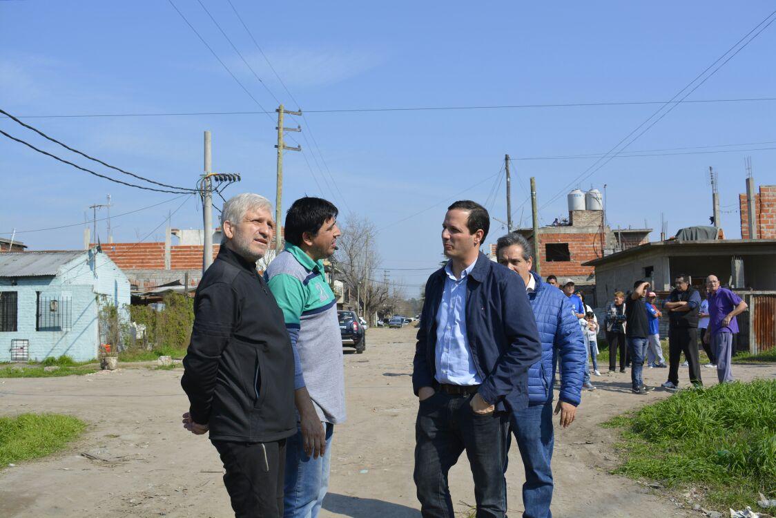 Trezza instaló sirenas de Alerta Buenos Aires en Villa Albertina